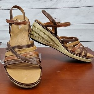 NWOT Clark's Brown Leather Sandals